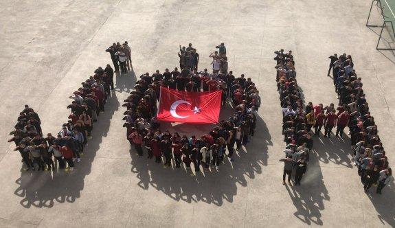 Öğrenciler, JÖH  koreografisi ile Mehmetçiğe destek verdi
