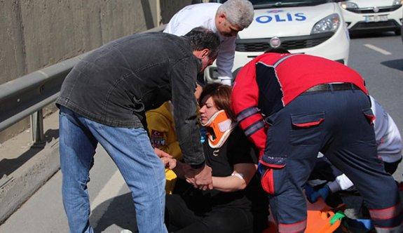 Tartışma sırasında seyir halindeki otomobilden atladı