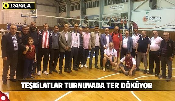 AK Parti Darıca'da teşkilatlar turnuvada ter döküyor
