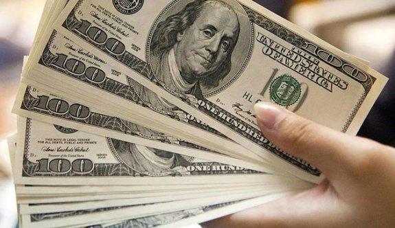 Dolar haftaya 3.95, euro ise 4.87 liradan başladı