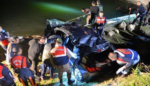 Müslüme hemşire, gölete uçan otomobilde yaşamına yitirdi