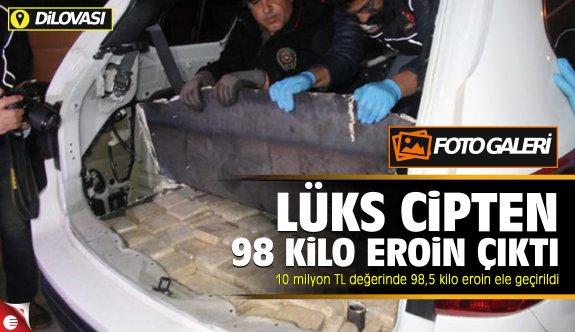 Dilovası'nda yakalanan araçtan 98 kilo eroin çıktı!