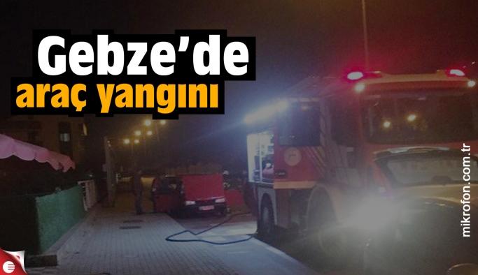 Gebze'de otomobil alev aldı