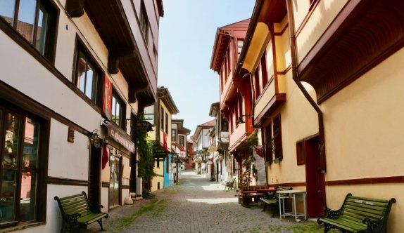 Bursa ve çevre illerde sokaklar boş kaldı