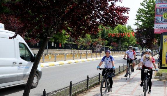 """Edirne'de """"19 Mayıs bisiklet turu"""" düzenlendi"""