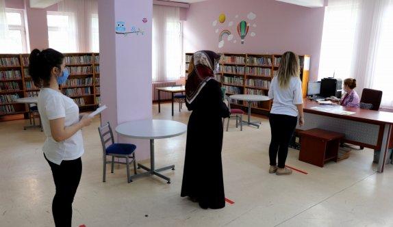 Edirne'de kütüphanelerdeki kitaplar dezenfekte edilip okuyucuya verilecek