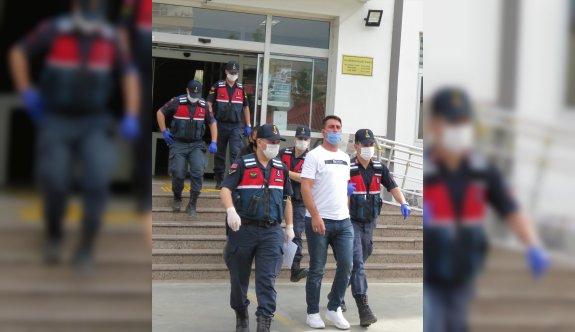 Çaldıkları cenaze aracıyla uyuşturucu taşıyan 3 şüpheliden 1'i tutuklandı