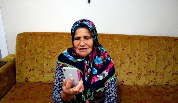 Tekirdağ'daki Elmas nine, Trabzon'daki torunlarıyla telefonda görüntülü bayramlaştı