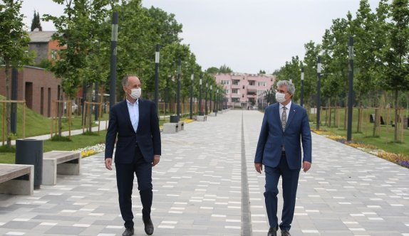TOKİ Başkanı Bulut'tan Sakarya'daki Millet Bahçesi'nde inceleme