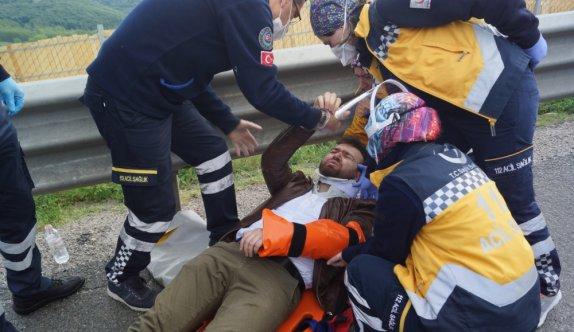 Yalova'da tırın altına giren otomobilin sürücüsü yaralandı