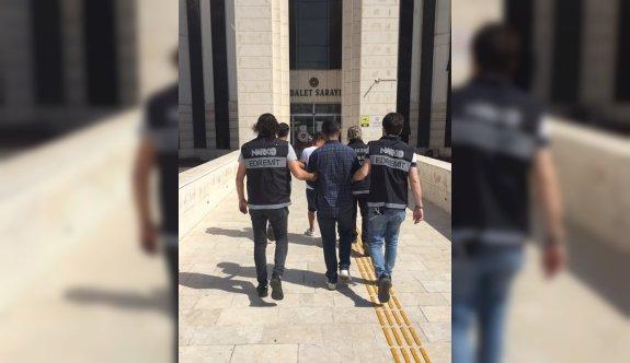 Uyuşturucu operasyonunda yakalanan 2 şüpheli tutuklandı