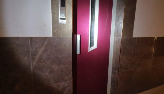 Kocaeli'de asansör boşluğuna düşen 14 yaşındaki çocuk yaralandı