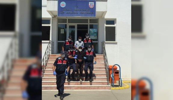 GÜNCELLEME - Sakarya'da iki ayrı hırsızlık olayını gerçekleştiren 4 şüpheliden 2'si tutuklandı