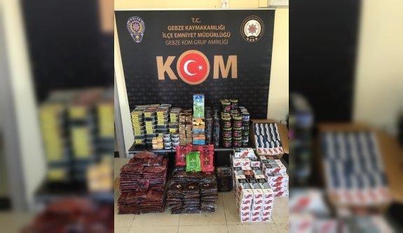 Kocaeli'de 643 kilogram kaçak tütün ile 23 bin 400 makaron ele geçirildi