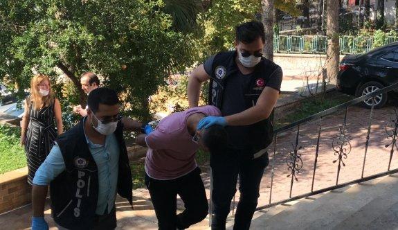 Bilecik'te uyuşturucu operasyonunda yakalanan yabancı uyruklu tutuklandı