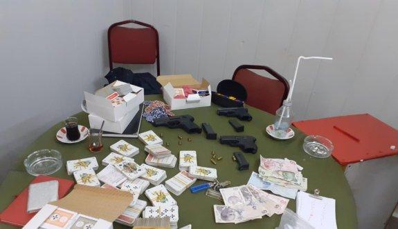 Bursa'da çadırlarda kumar oynadığı tespit edilen 19 kişiye para cezası