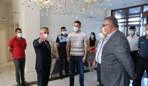 Kırklareli Valisi Bilgin Kovid-19 denetimlerine katıldı
