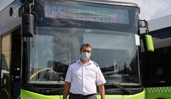 Kocaeli'nde otobüs şoförü içinde 6 bin lira olan cüzdanı sahibine teslim etti