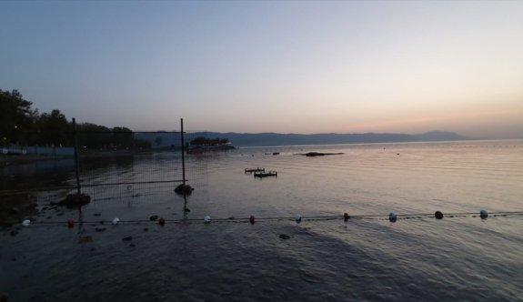 İznik Gölü'nde tarihi batık bazilikanın belgeseli çekiliyor