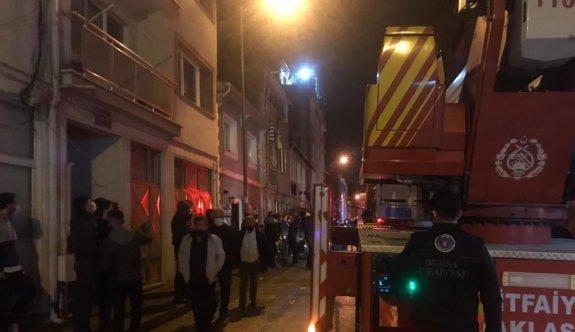Bursa'da ev yangını hasara yol açtı