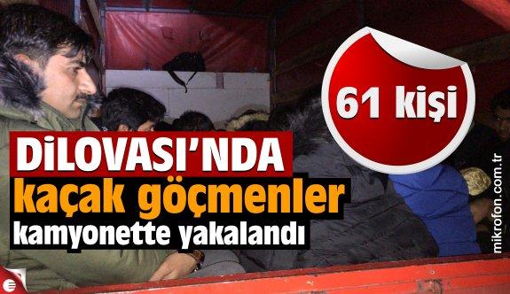 Dilovası'nda kamyonette 61 yabancı uyruklu yakalandı