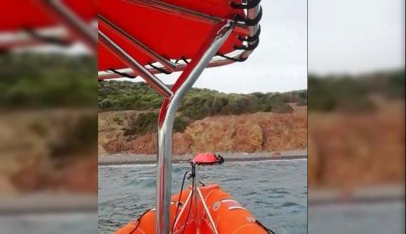 Balıkesir'de Türk kara sularına itilen 13 sığınmacı kurtarıldı