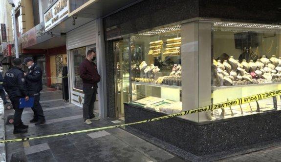 Balıkesir'deki kuyumcu soygununun şüphelileri Manisa'da yakalandı