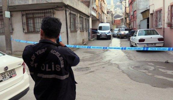 Bursa'da bir kişi tartıştığı oğlunu silahla bacağından yaraladı