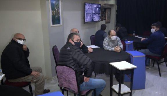 Bursa'da kumar oynayan 27 kişiye 85 bin lira ceza yazıldı