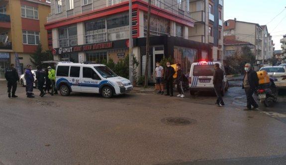 Kocaeli'de hafif ticari araç ile çarpışan motosikletin sürücüsü yaralandı