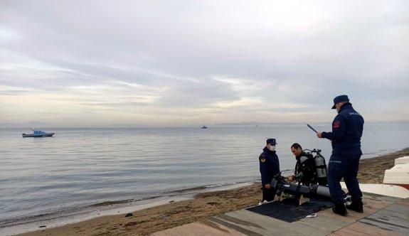 Yalova'da sandalla açıldığı denizde kaybolan kişiyi arama çalışması sürüyor
