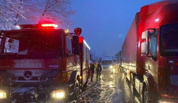 Anadolu Otoyolu'nda zincirleme trafik kazasında 6 kişi yaralandı