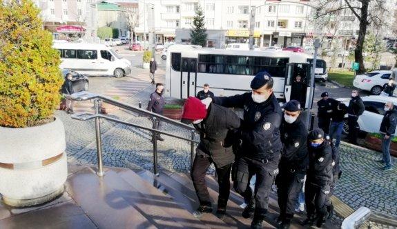 Bursa'da uyuşturucu operasyonunda 11 kişi gözaltına alındı