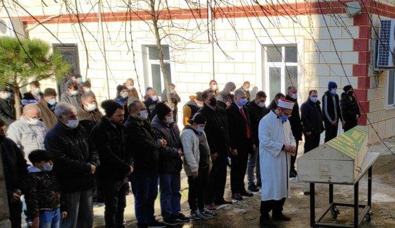 Tekirdağ'da bıçakla öldürülen döner dükkanı işletmecisi kadın toprağa verildi