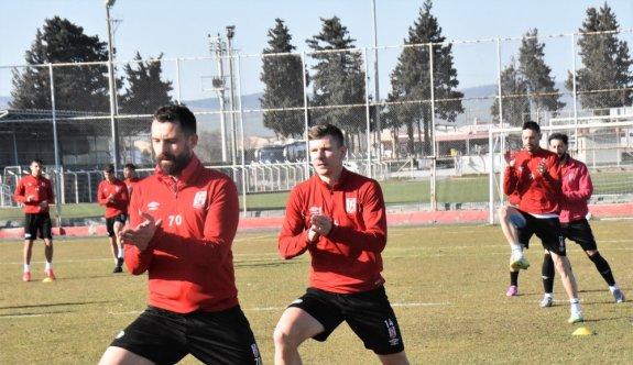 Balıkesirspor, Adanaspor maçında 3 puan hedefliyor