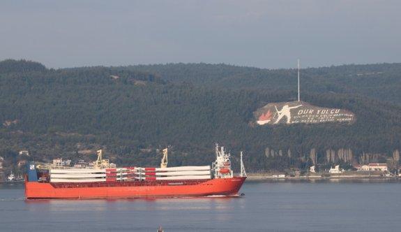 Çanakkale Boğazı transit gemi trafiğine tek yönlü kapatıldı