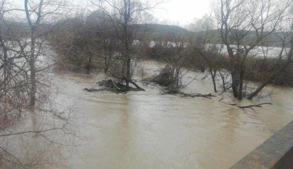 Bursa'da sağanak nedeniyle yaklaşık 35 bin dönüm tarım arazisi su altında kaldı
