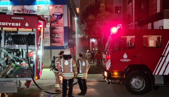 Pendik'te özel hastanede çıkan yangın söndürüldü