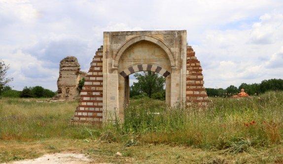Edirne Yeni Sarayı'nın toprak altında kalan bölümleri jeoradar taramasıyla tespit edilecek