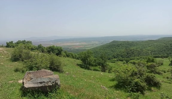 Edirne'de Meriç Nehri'nin merkezde kalan kısmı ile Çandır köyü