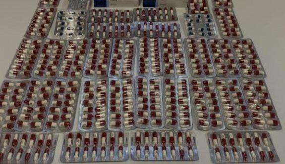 Yalova'da çantasında 760 sentetik hap ele geçirilen şüpheli gözaltına alındı