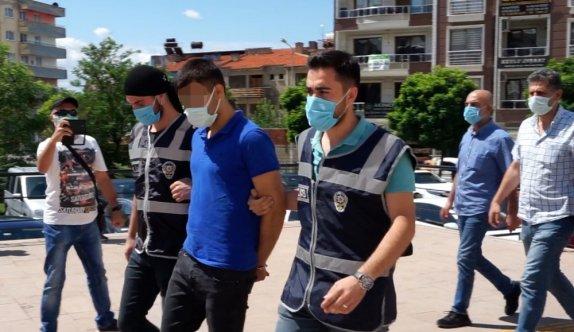 Balıkesir'de evlerinde ölü bulunan çiftin katil zanlısı oğlu tutuklandı
