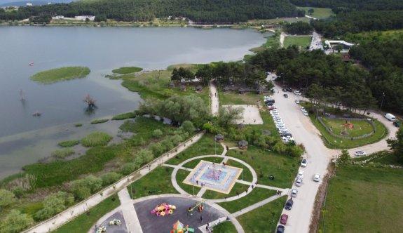 (Drone destekli) Bilecik'te kısıtlamasız ilk cumartesi gününde vatandaşlar parklara ve yeşil alanlara akın etti