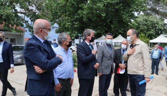Edirne Valisi Canalp aşılamada büyük mesafe kat edildiğini belirtti: