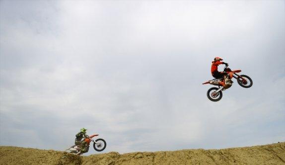 Edirne'de bin 810 metre uzunluğunda motokros pisti yapılıyor