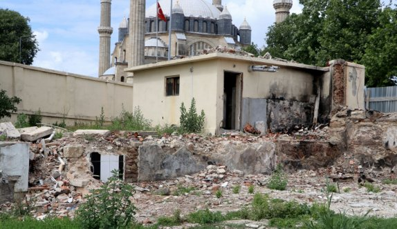 Edirne'de yanan tarihi Böcek Mektebi binası aslına uygun ayağa kaldırılacak