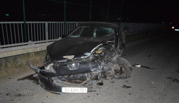Kırklareli'nde iki otomobil çarpıştı: 1 ölü, 1 yaralı