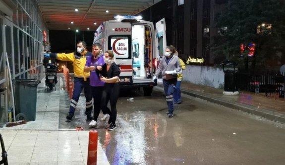 Kocaeli'de metro şantiyesinde betona çarpan otomobildeki 2 kişi yaralandı