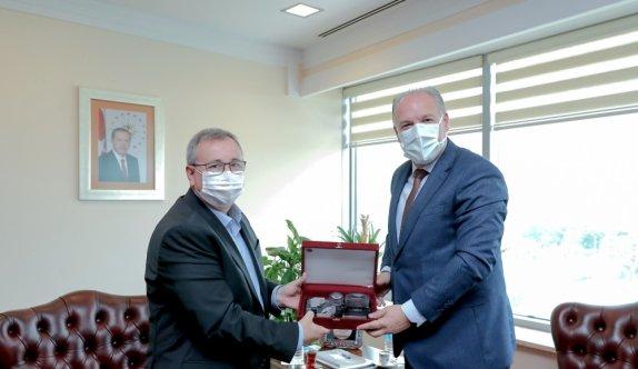 Kosova Bölgesel Kalkınma Bakanı Damka, Trakya Üniversitesi Rektörü Tabakoğlu'nu ziyaret etti