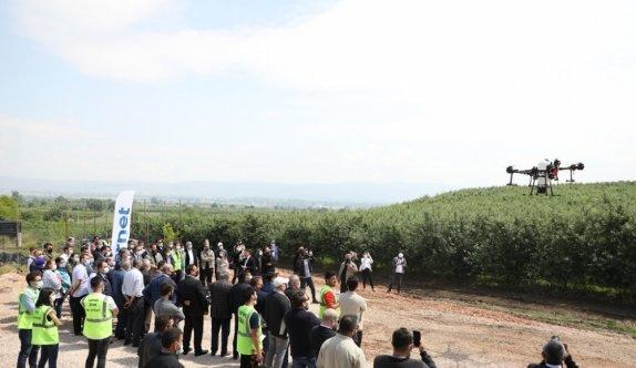 Tarım Kredi Kooperatiflerinin ZİHA ile meyve bahçelerinde ilaçlama hizmeti Bursa'da tanıtıldı